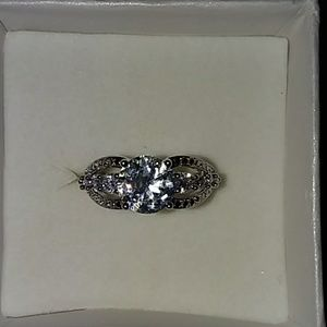 .925 silver ring with lab created diamonds,Size6#